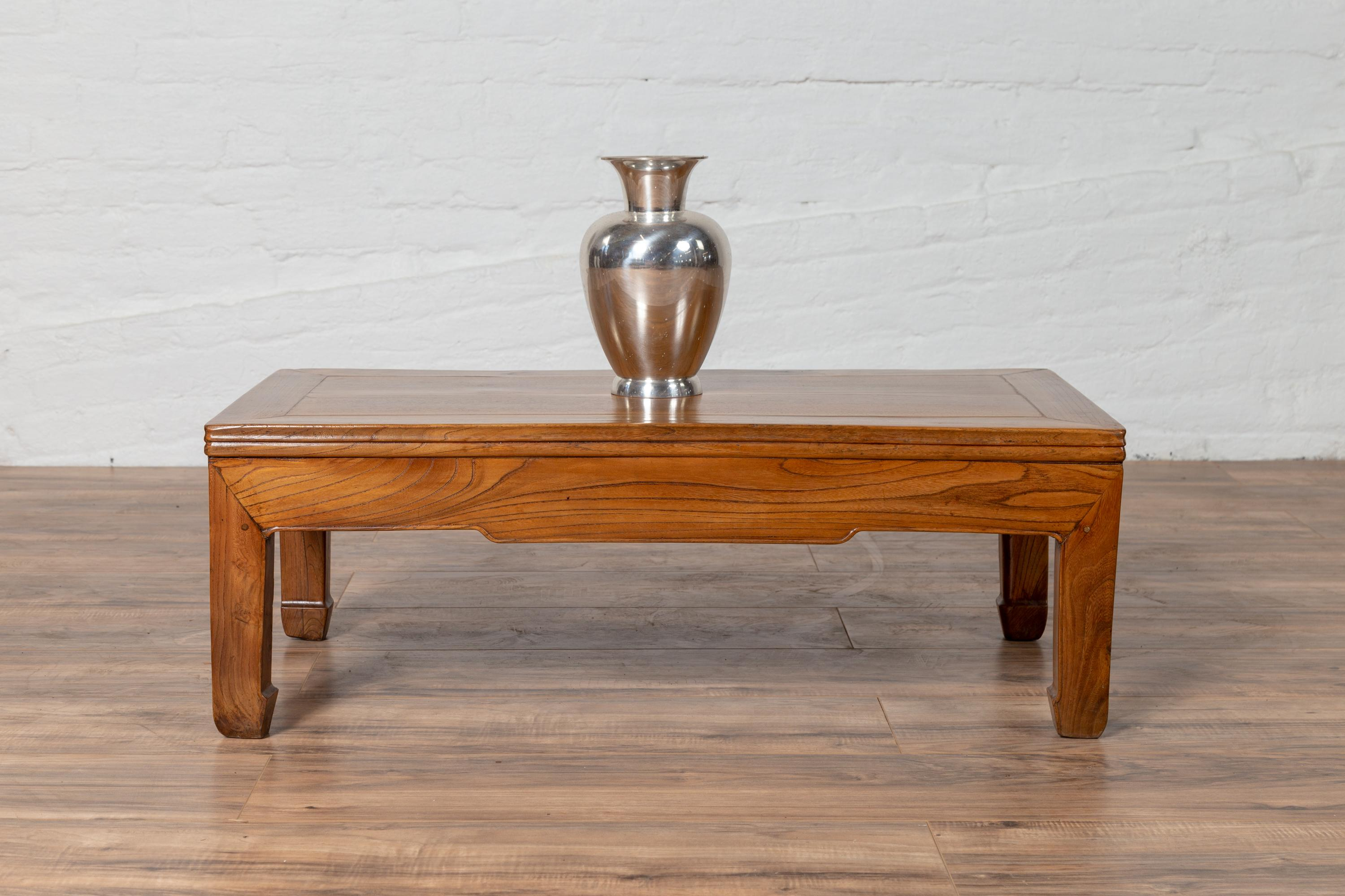 Small Chinese Vintage Natural Wood Coffee Table With Straight Horse Hoof  Legs