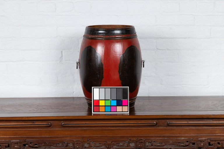 Small Chinese Vintage Wooden Barrel Planter with Red and Black Lacquered Decor For Sale 6