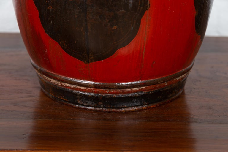 Small Chinese Vintage Wooden Barrel Planter with Red and Black Lacquered Decor For Sale 2