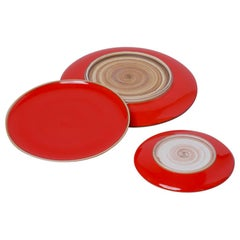 Small Coral Red Glazed Porcelain Hermit Plate with Rustic Rim