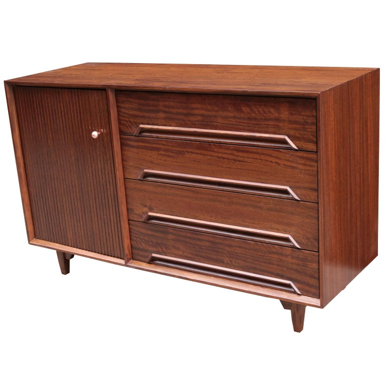Small Credenza Designed by Milo Baughman
