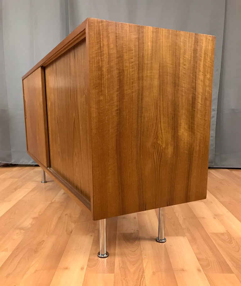 Small Credenza or Sideboard in Teak by Paul Hundevad In Good Condition For Sale In San Francisco, CA
