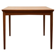 Small Danish Midcentury Extendable Teak Dining Table by Poul Hundevad, 1950s