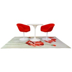 Small Dining Set, Eero Saarinen Knoll Side Table, Arper Chairs and Poppy Rug
