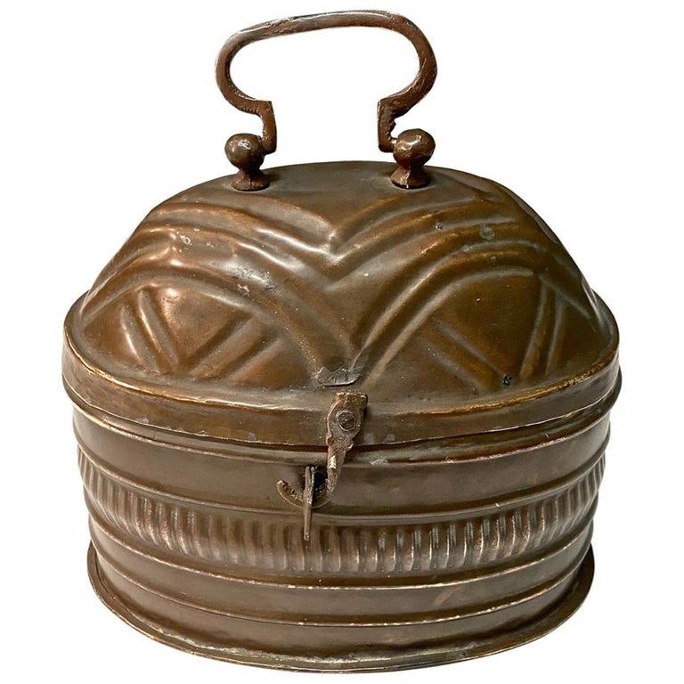 Small Dutch Coach or Foot Warmer or Coal Box For Sale