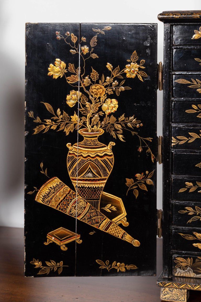 Small English 1890s Black and Gold Chinoiserie Cabinet with 10 Hidden Drawers For Sale 5