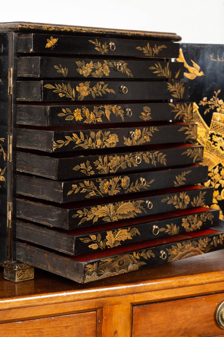 Small English 1890s Black and Gold Chinoiserie Cabinet with 10 Hidden Drawers For Sale 6