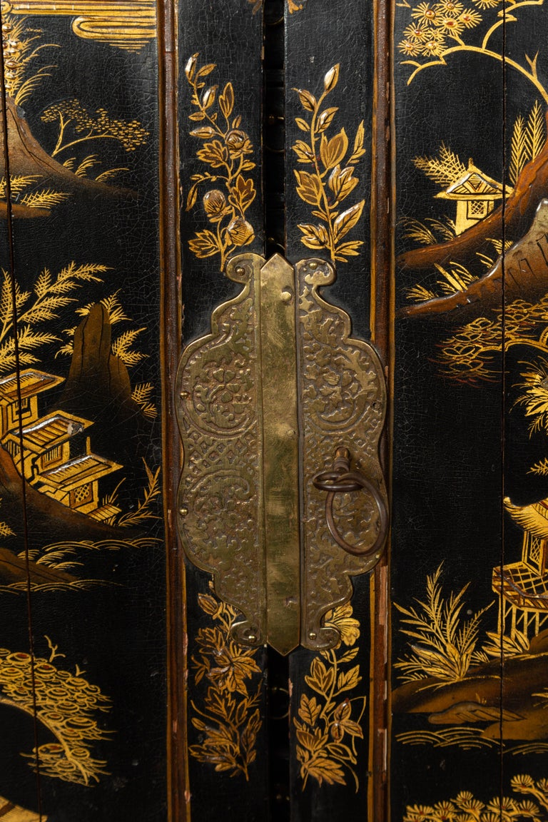 Small English 1890s Black and Gold Chinoiserie Cabinet with 10 Hidden Drawers For Sale 1
