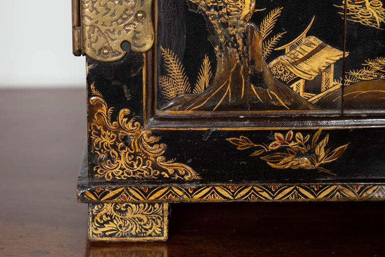 Small English 1890s Black and Gold Chinoiserie Cabinet with 10 Hidden Drawers For Sale 2
