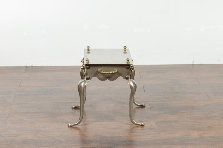 Small English 1900s Steel and Brass Side Table with Lion Heads and Curving Legs For Sale 10