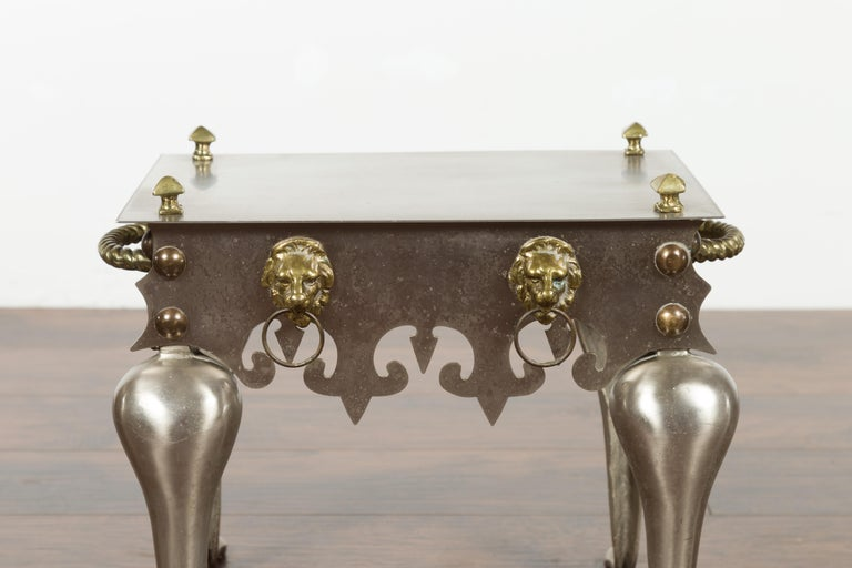 Small English 1900s Steel and Brass Side Table with Lion Heads and Curving Legs For Sale 2