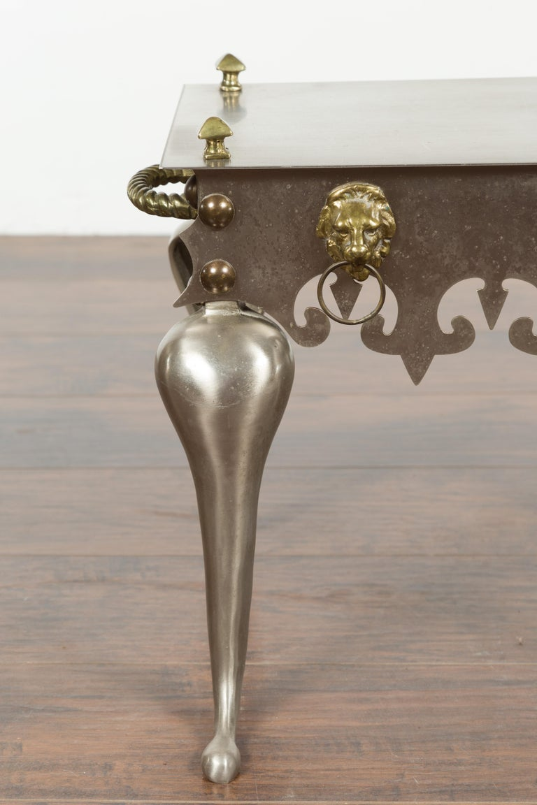 Small English 1900s Steel and Brass Side Table with Lion Heads and Curving Legs For Sale 4