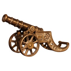 Small English Table Cannon in Bronze