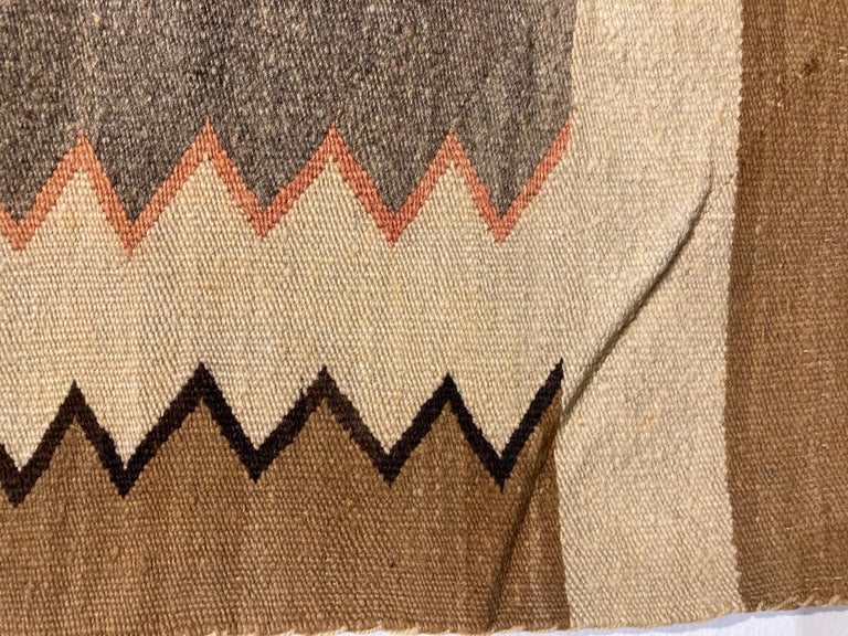 Small, Exquisite Navajo Weaving In Good Condition For Sale In Philadelphia, PA