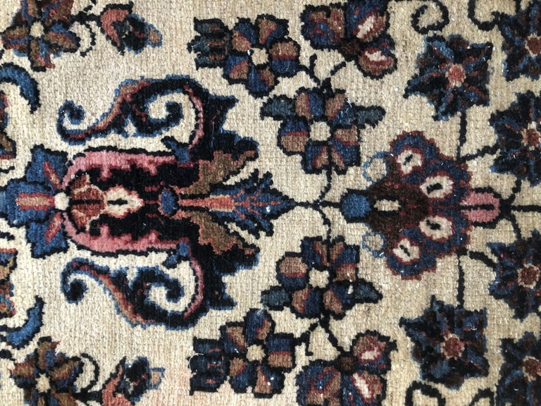 Small Floral Persian Rug Fine Wool For Sale 2