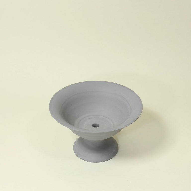 Greco Roman Small Footed Porcelain Vaso Planter in Matte Steel Grey For Sale