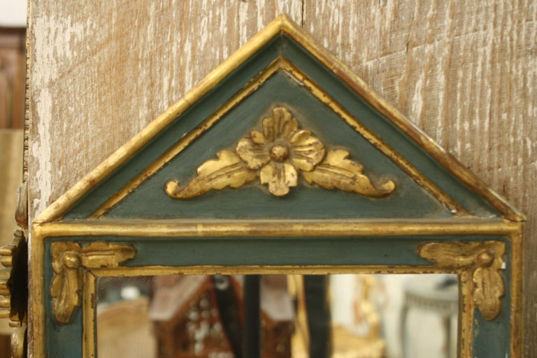Small French Directoire Style Green Painted and Parcel Gilt Trumeau Mirror In Good Condition For Sale In Charleston, SC