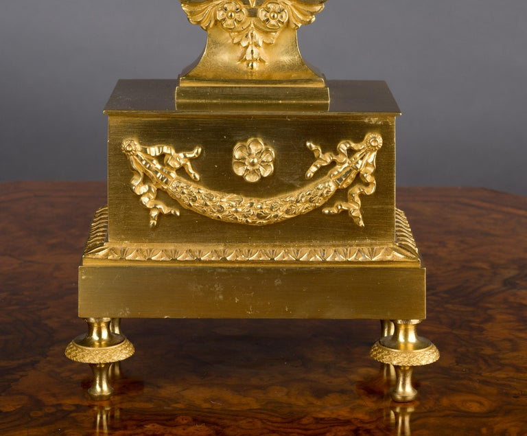 Small French Ormolu Lyre Mantel Clock In Good Condition For Sale In Norwich, GB