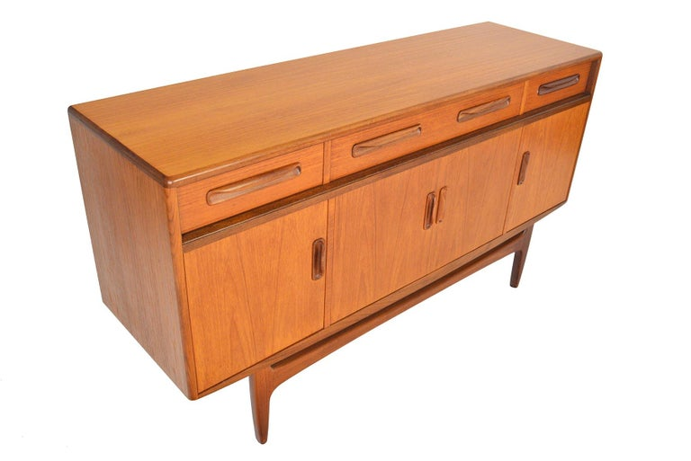 Small G Plan Fresco Range Teak Credenza #4 In Good Condition For Sale In Berkeley, CA