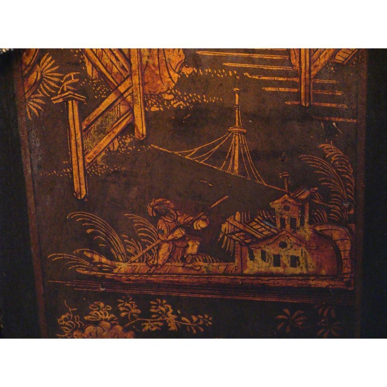 Small Georgian Green Japanned Lacquer Chinoiserie Longcase Clock, 18th Century In Good Condition For Sale In Lymington, GB