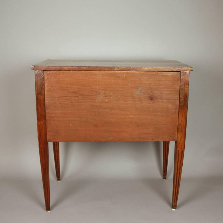 Walnut Small German Neoclassical Marquetry Commode or Chest of Drawer, 18th Century For Sale