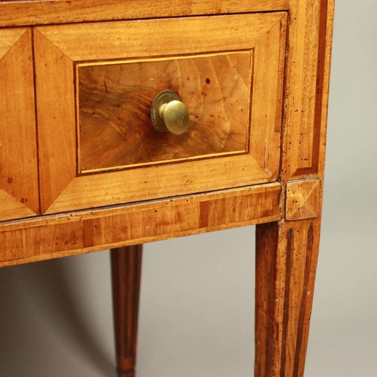 Small German Neoclassical Marquetry Commode or Chest of Drawer, 18th Century For Sale 4