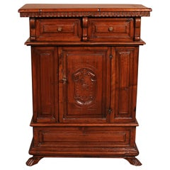 Small Italian Renaissance Credenza in Walnut circa 1600 with Coat of Arms