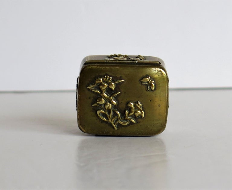 Hand-Crafted Small Japanese bronze and brass embossed Box with hinged lid 19th C Meiji Period For Sale