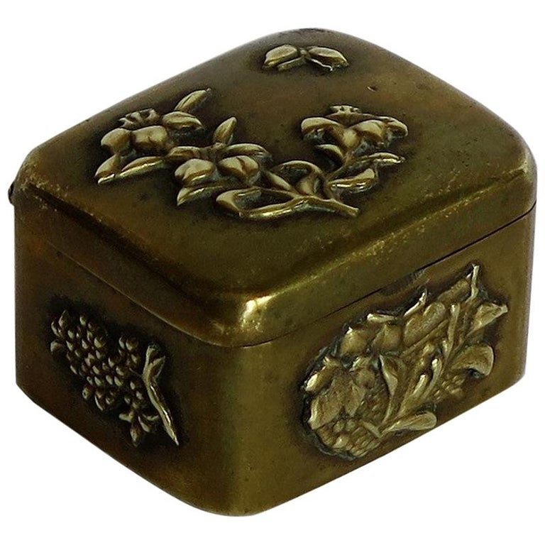 Small Japanese bronze and brass embossed Box with hinged lid 19th C Meiji Period For Sale