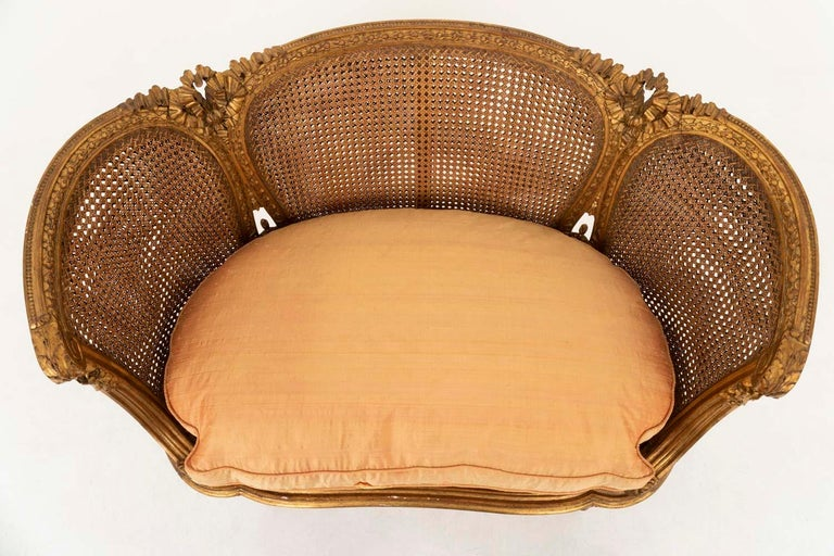 Small Louis XVI Style Cane Sofa in Giltwood, circa 1880 In Good Condition For Sale In Saint-Ouen, FR