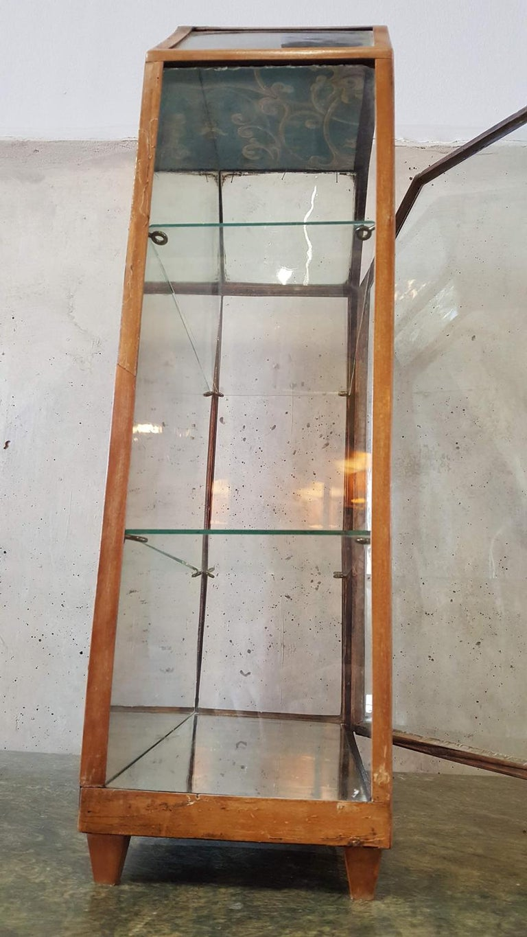 Small Mirrored Table Display from the 19th Century 10