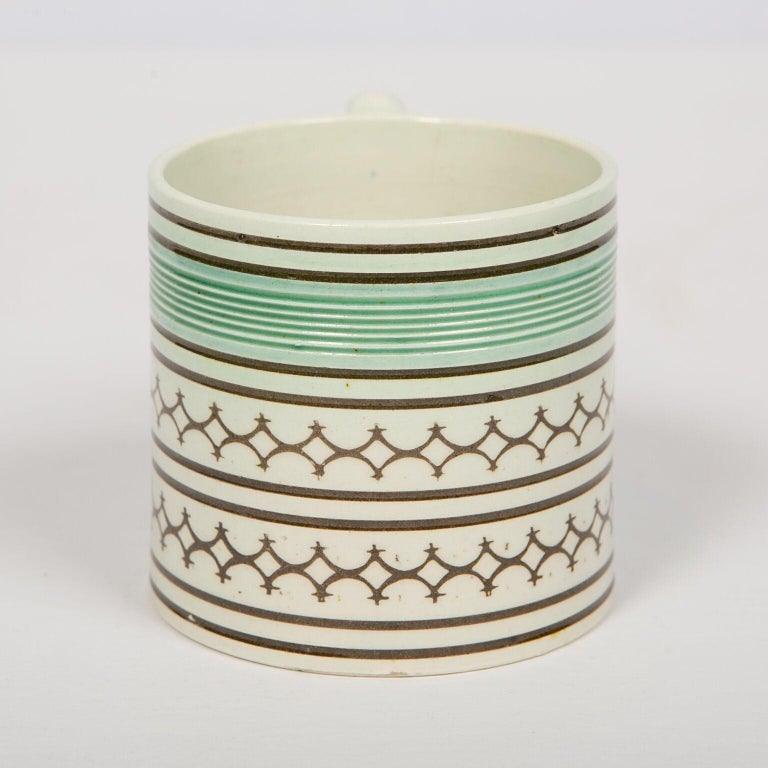 19th Century Small Mochaware Mug England, circa 1820 For Sale