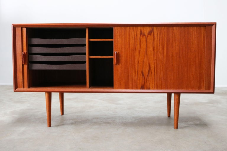 Small Rare Danish Sideboard / Credenza by Svend Aage Madsen for Faarup 1950 Teak In Good Condition For Sale In Ijzendijke, NL