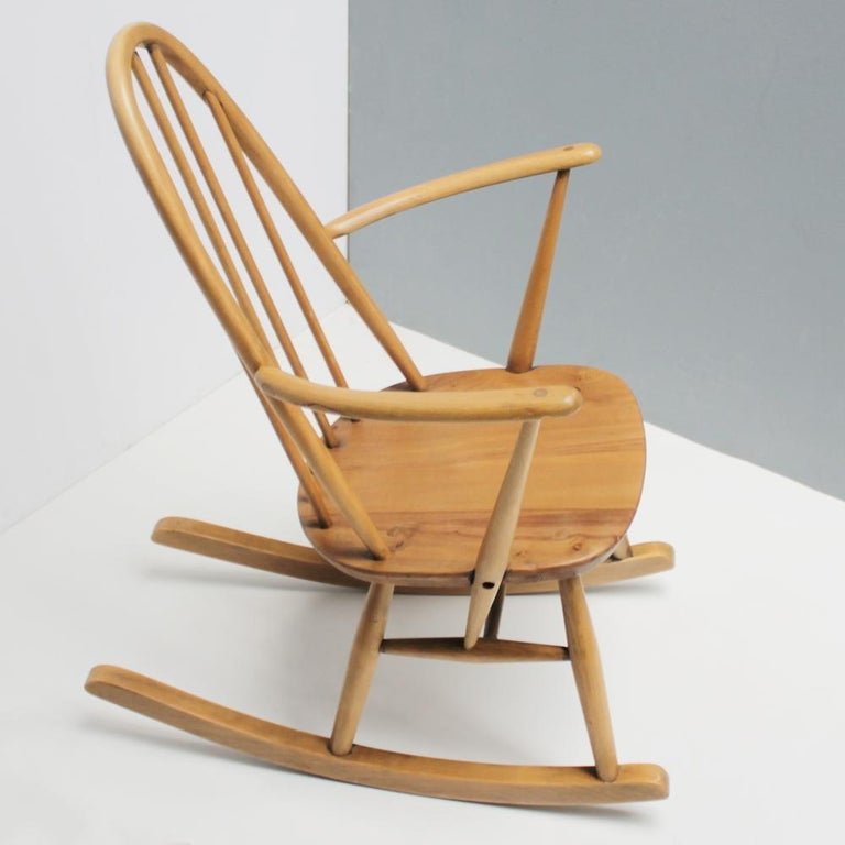 Mid-20th Century Small Rocking Chair by Lucian Ercolani for Ercol For Sale