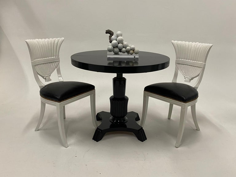 Small Round and Oval Hollywood Regency Style Black Laquer Dining Table 7