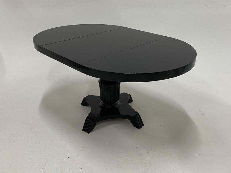 Small Round and Oval Hollywood Regency Style Black Laquer Dining Table 1