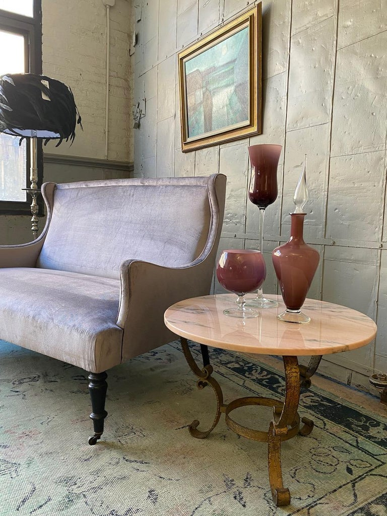 Mid-20th Century Small Round Gilt Metal Coffee Table with Pink Marble Top For Sale