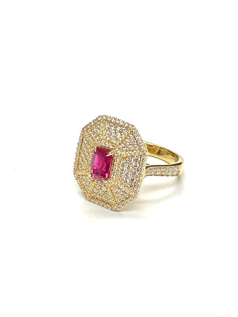 Goshwara Emerald Cut Ruby And Diamond Ring In New Condition For Sale In New York, NY