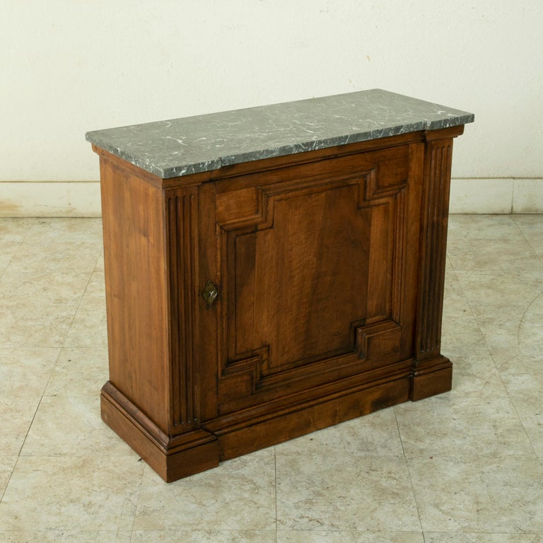 Small Scale 19th Century French Walnut Cabinet with Marble Top In Good Condition For Sale In Fayetteville, AR
