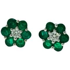 Small Set Emerald and Diamond Center Stone Flower Mini 18 Karat White Gold Studs
