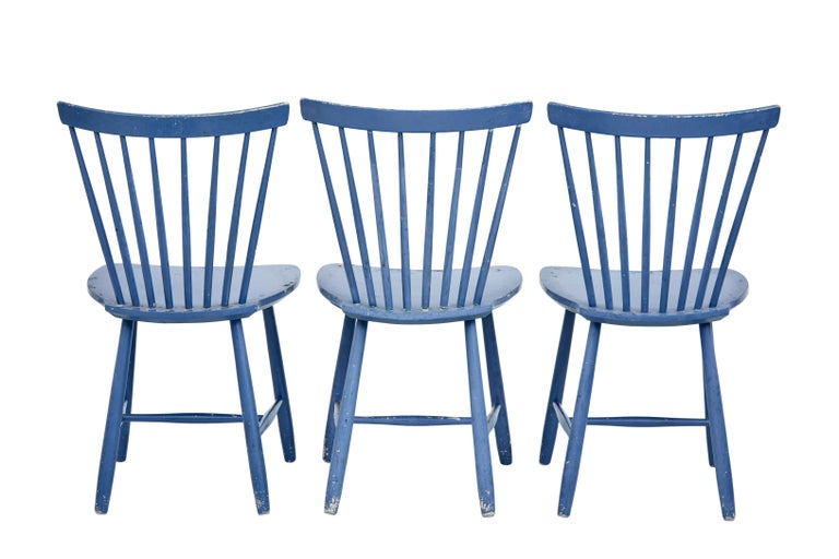 Rustic Small Set of 19th Century Swedish Painted Dining Chairs For Sale