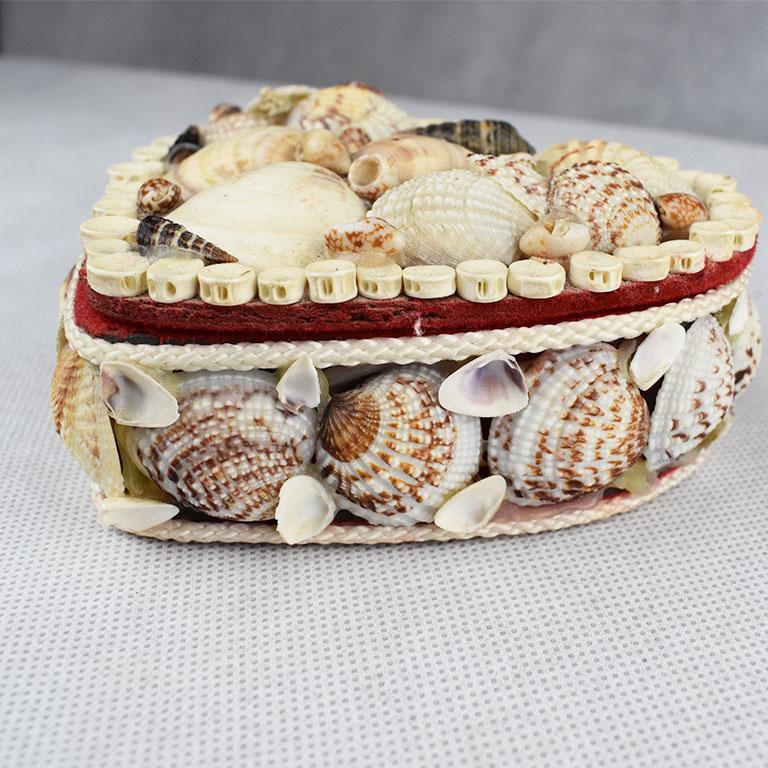 20th Century Small Shell Encrusted Heart Shaped Trinket Box For Sale