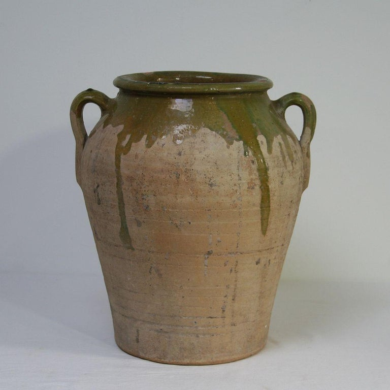 Small Spanish 19th Century Olive Jar In Good Condition For Sale In Amsterdam, NL