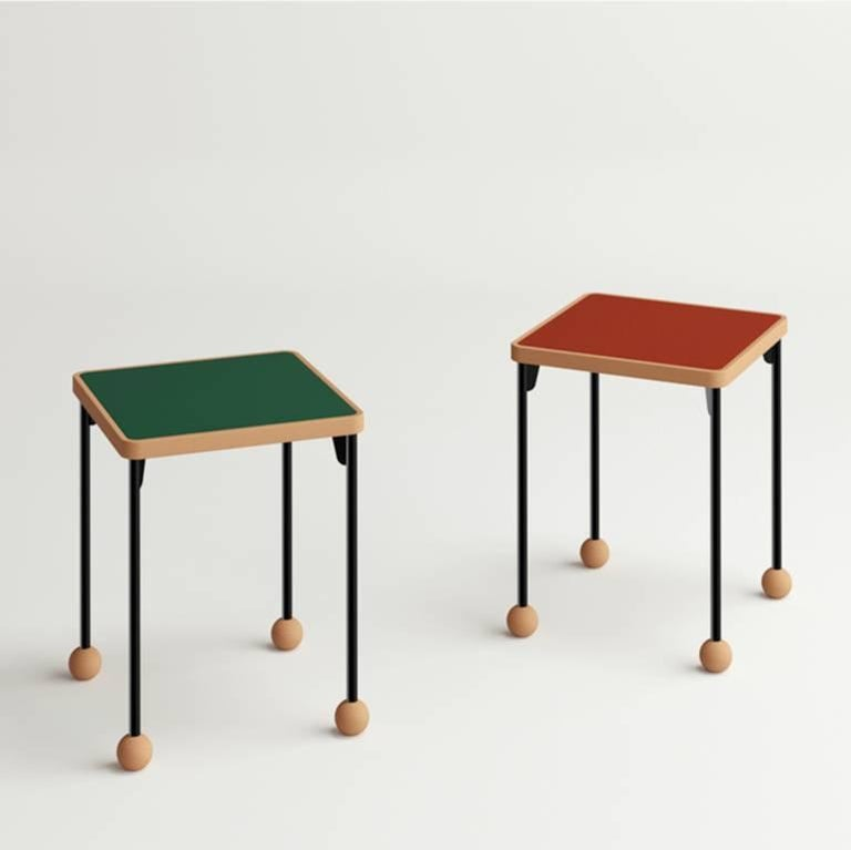 Small stools or side tables - Bauhaus style - Beech wood, metal and linoleum In New Condition For Sale In Paris, FR