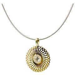 18 Karat Yellow Gold Small Sunflower Pendant, Set with Diamonds