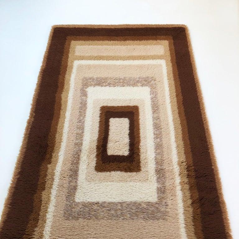 Small Vintage 1970s Modernist High Pile Op Art Carpet Rug, Germany, 1970s For Sale 4