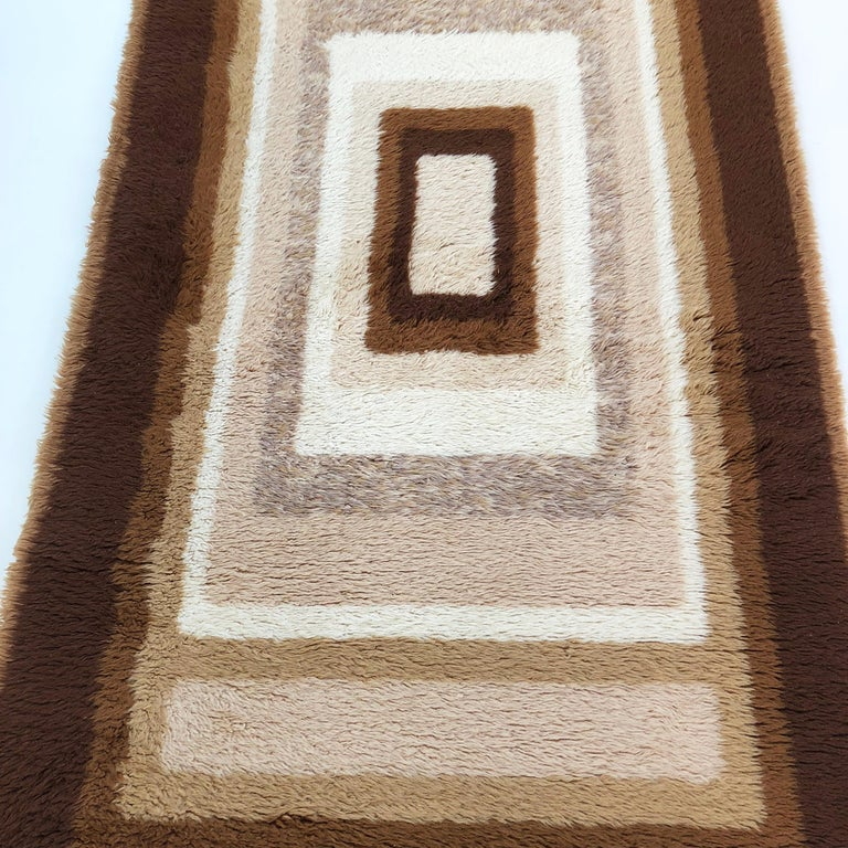 Small Vintage 1970s Modernist High Pile Op Art Carpet Rug, Germany, 1970s For Sale 5