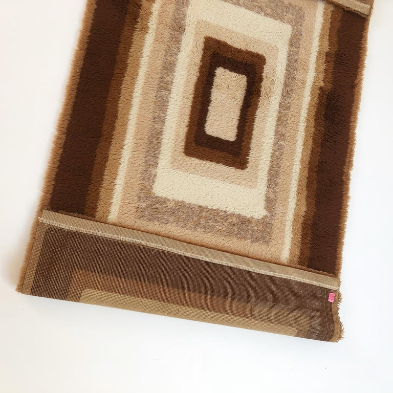 Small Vintage 1970s Modernist High Pile Op Art Carpet Rug, Germany, 1970s For Sale 7