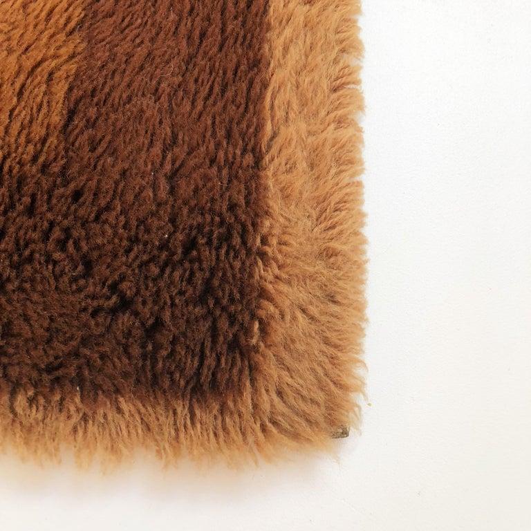 Small Vintage 1970s Modernist High Pile Op Art Carpet Rug, Germany, 1970s For Sale 1