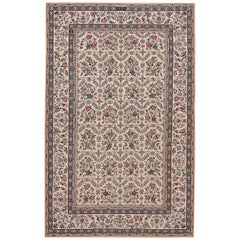 Small Vintage Persian Silk and Wool Isfahan Rug. 4 ft 2 in x 6 ft 8 in
